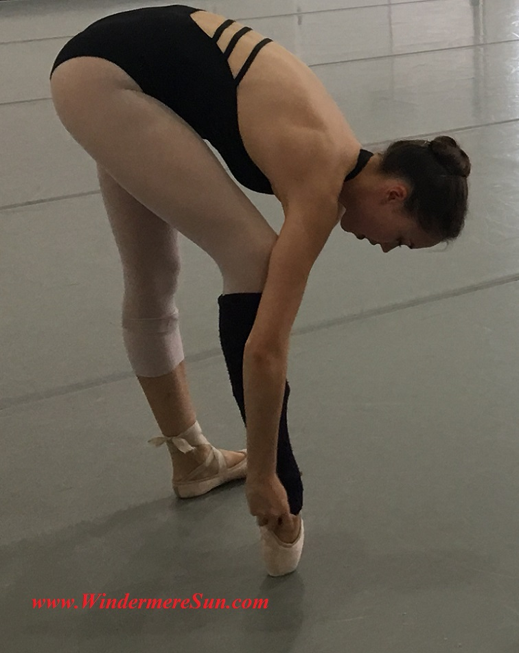 Orlando Ballet School-student of OBS getting ready point final