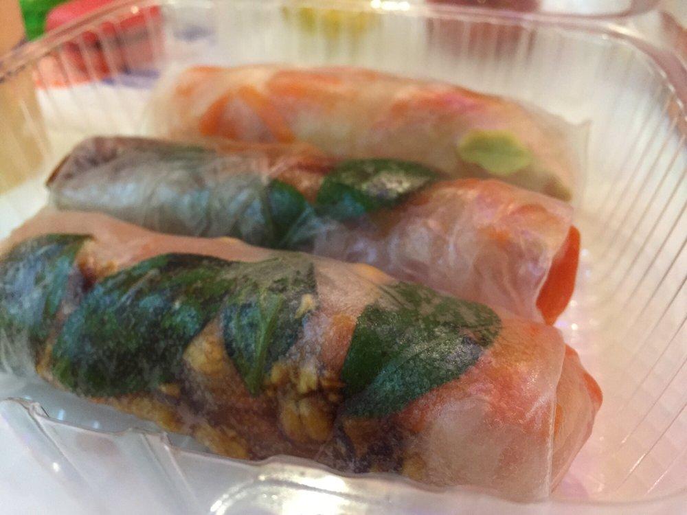 Quickly Boba & Snow54-veggie tofu rolls