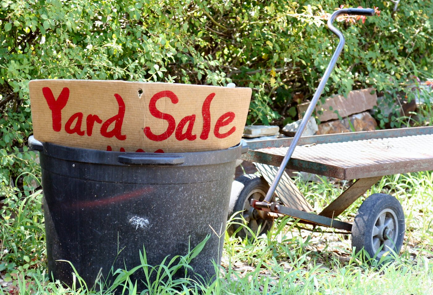 yard-sale-1228574-freeimages-by-cheryl-empey