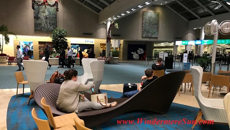 orlando-international-airport-curved-chair1-final