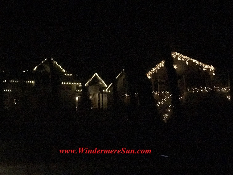 christmas-lights-homes-near-town-hall-final