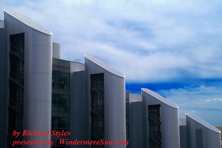 new-college-building-2-1226273, freeimages, by Richard Styles final