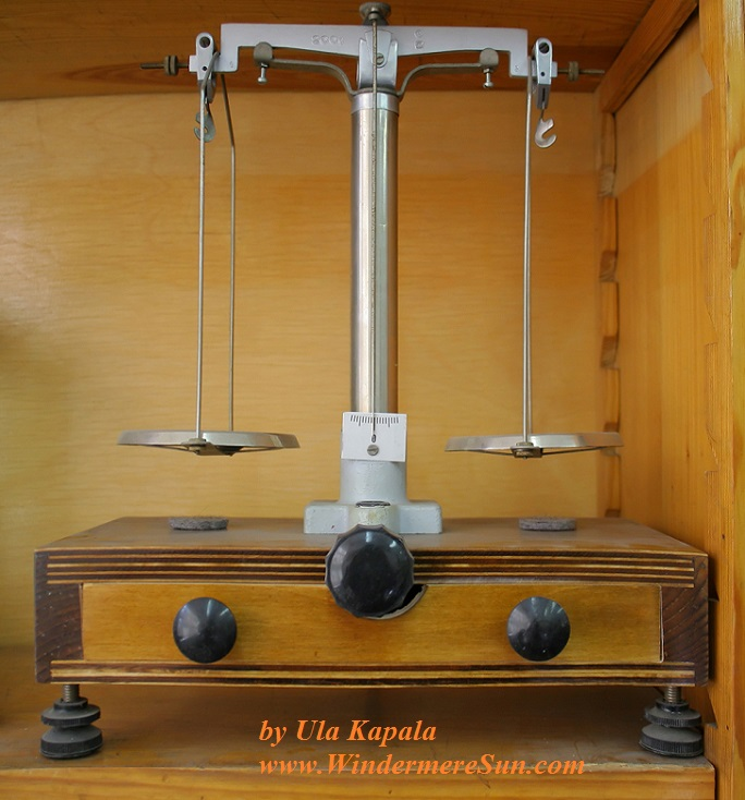 old-scales-1423935, freeimages, by Ula Kapala final