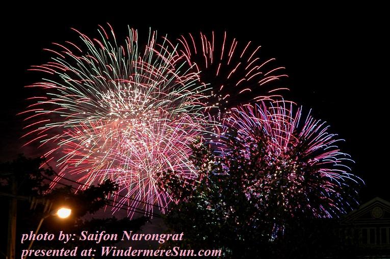 firework-1443831, freeimages, by Saifon Narongrat final
