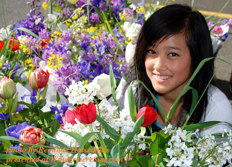 happy-asian-flower-girl-1415152, by Renaude Hatsedakis final