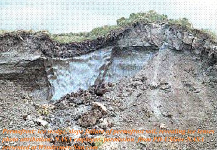Permafrost_-_ice_wedge, Slope failure of permafrost soil, revealing ice lenses, NASA employee, permission from PD-USGov-NASA final.