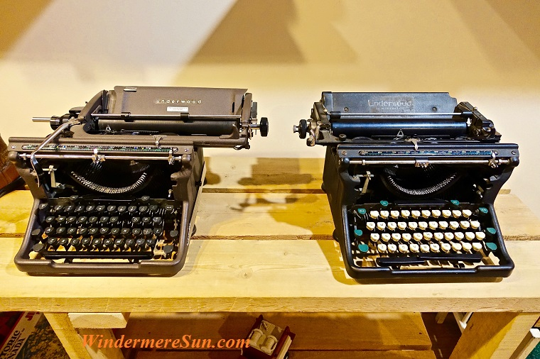 antique typewriters, pexels-photo-209305 final