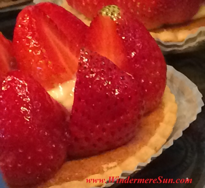 My French Cafe pastries20-1 portion of strawberry tart final