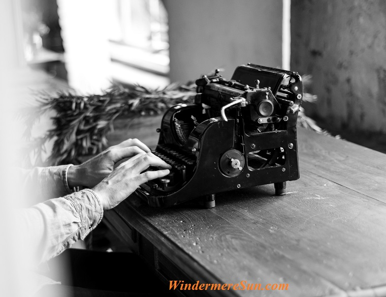 typewriter of journalist, pexels-photo-573566 final