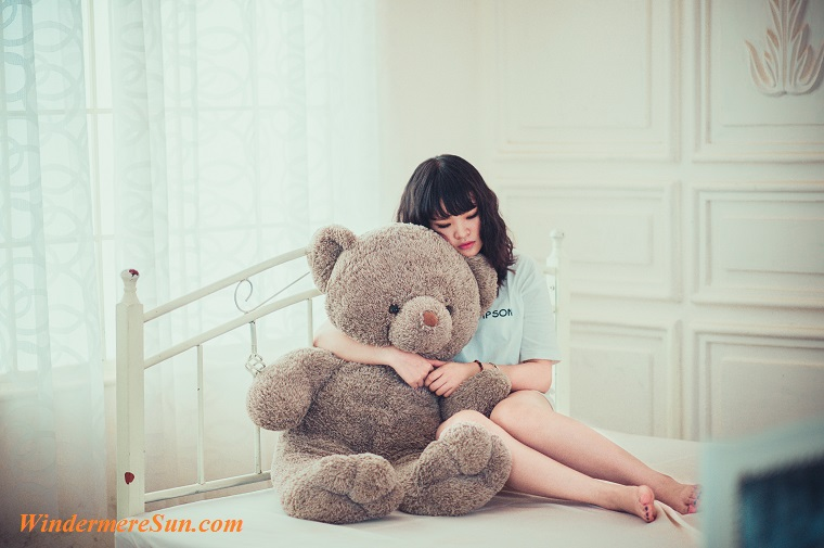 cuddling with big bear, adult-beautiful-bedroom-206402 final