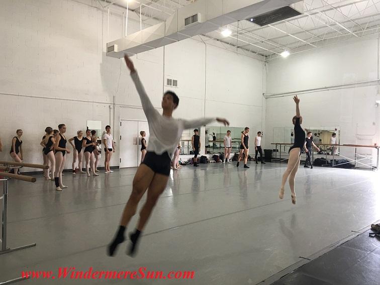 Orlando Ballet School-1 flying leaps of 2 dancers final