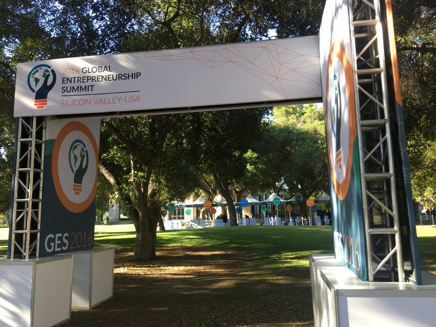 GES2016 Entrance sign1