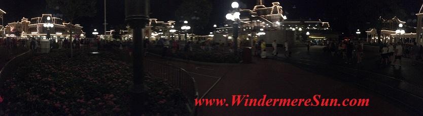 Disney-MagicKingdom-Main Street night 5 panaramic final