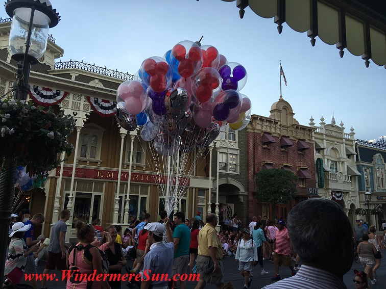 Disney-MagicKingdom balloons final