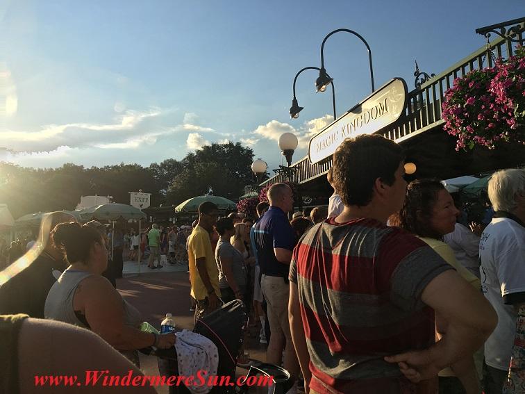 Disney-MagicKingdom entrance July4, 2016 final