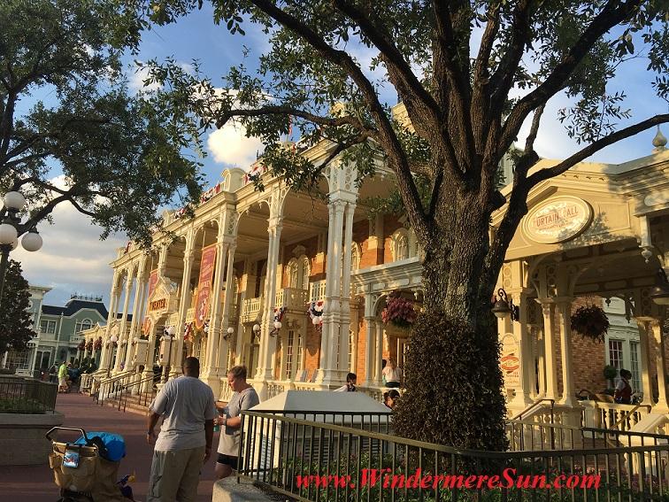 Disney-MagicKingdom near town hall final