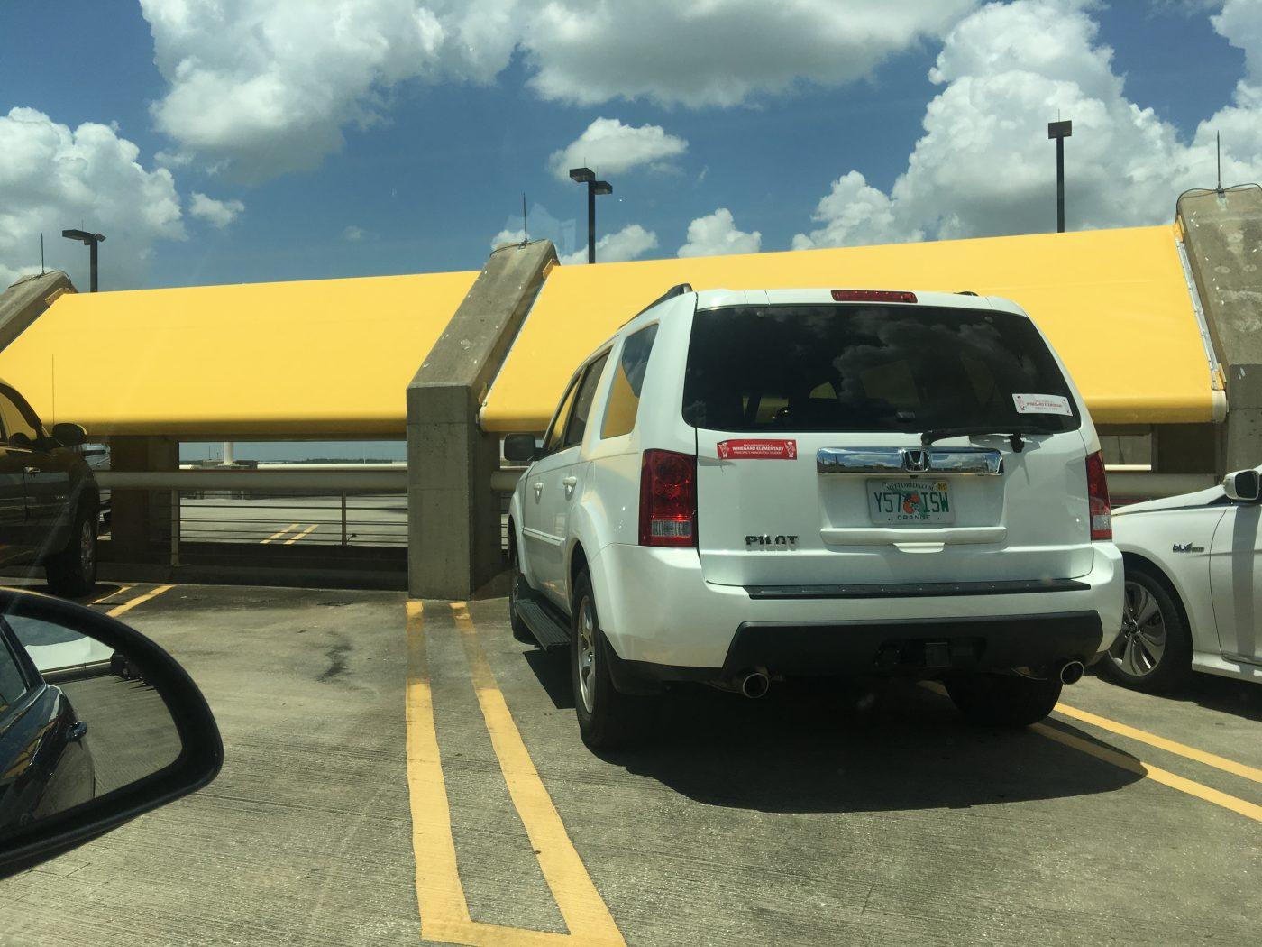 Orlando International Airport-top parking garage2