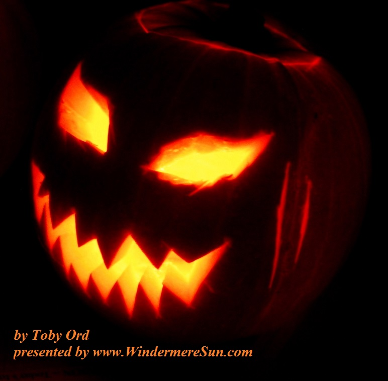 jack-o-lantern_2003-10-31-a-jack-o-lantern-made-for-the-holywell-manor-halloween-celebrations-in-2003-by-toby-ord-final