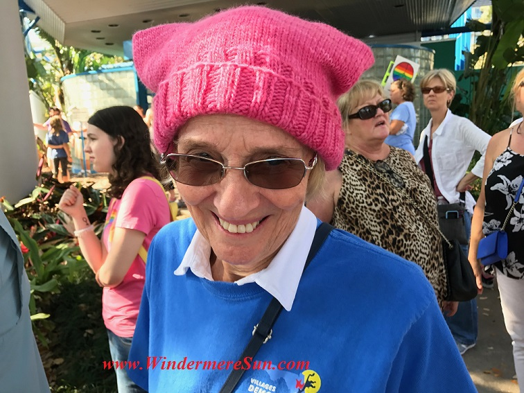 Senior woman with pink hat final