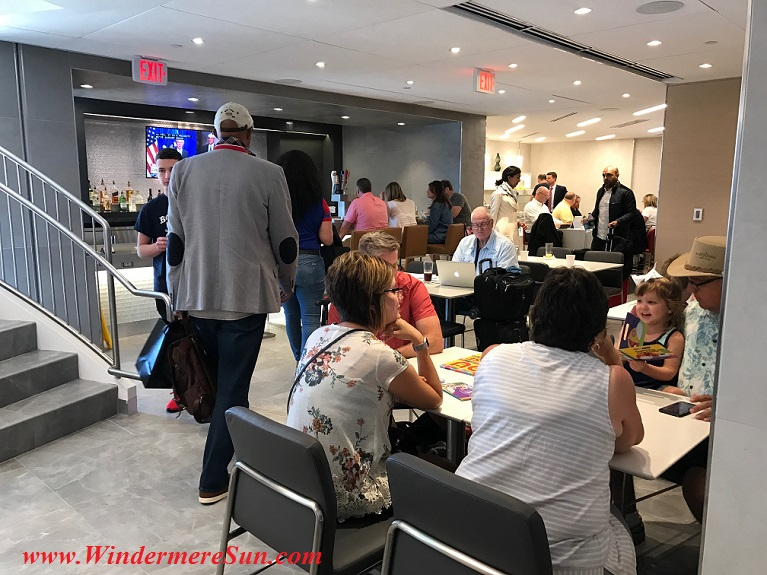 American Airline Admirals Club level 1-fully packed final