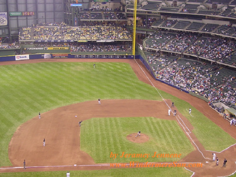 baseball-game-from-above-1534312, freeimages, by Jeramey Jennene final