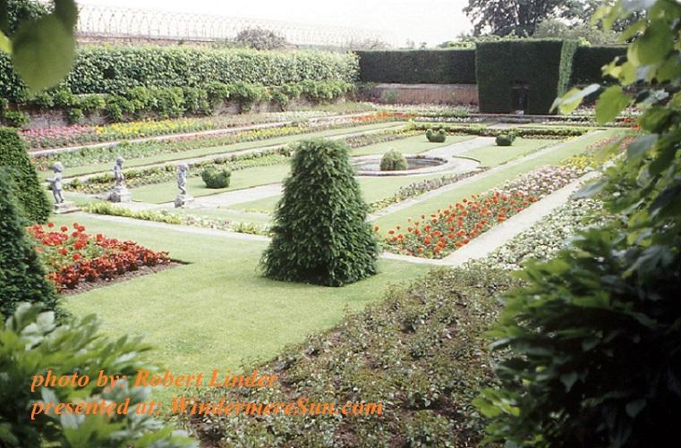 formal-garden-1385688, by Robert Linder final
