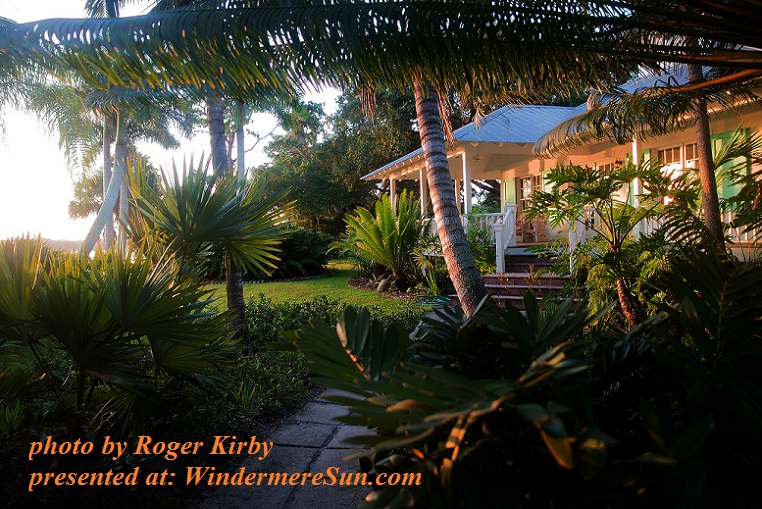 southern-florida-waterside-cottage-1201987, by Roger Kirby final