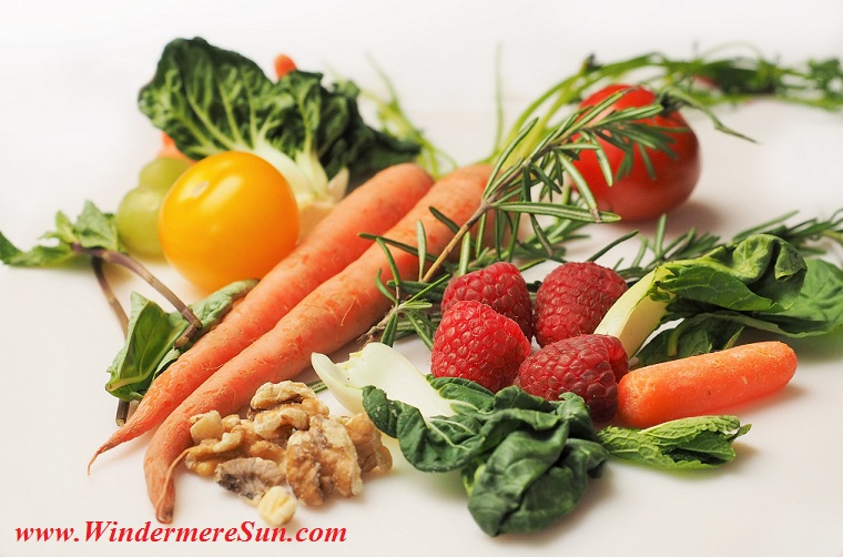 carrot-kale-walnuts-tomatoes final