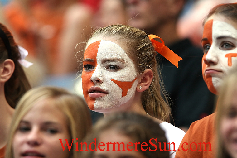 face painting-american-football-fan-supporter-girl-163438 final