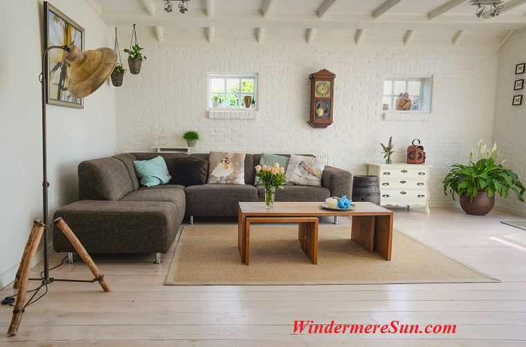 home2-living-room-couch-interior-room-584399 final