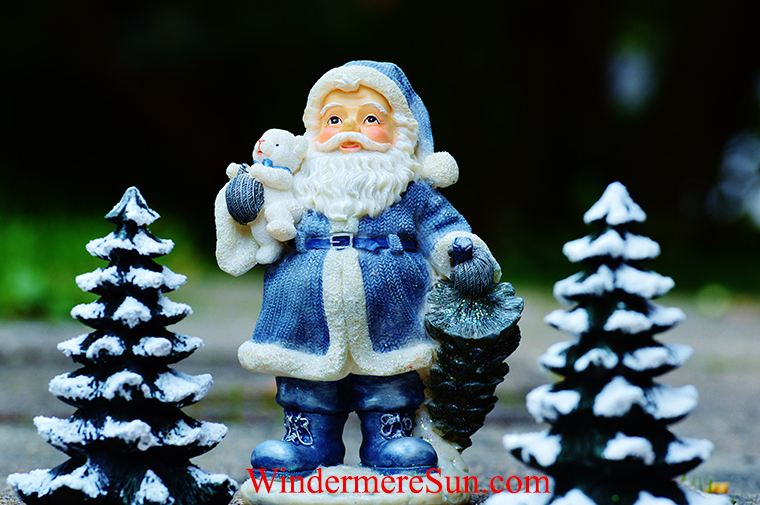 Santa with bear-christmas-santa-claus-fig-decoration final