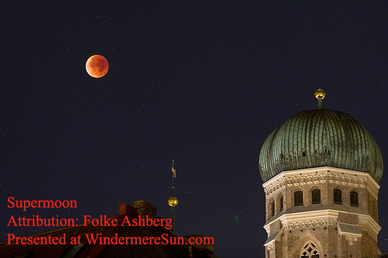 The supermoon of September 28, 2015 during lunar eclipse from Munich, Germany, by Folke Ashberg final