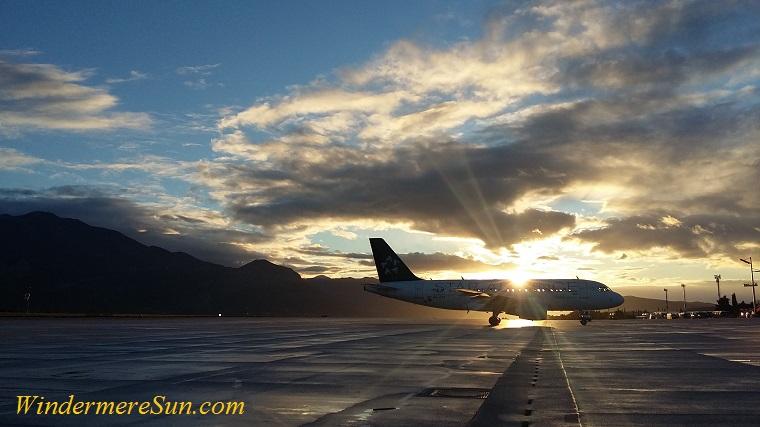 plane with splash of sunbeam-pexels-photo-730778 final