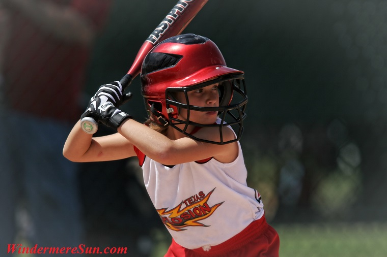 softball-batter-girl-batting-163304 final