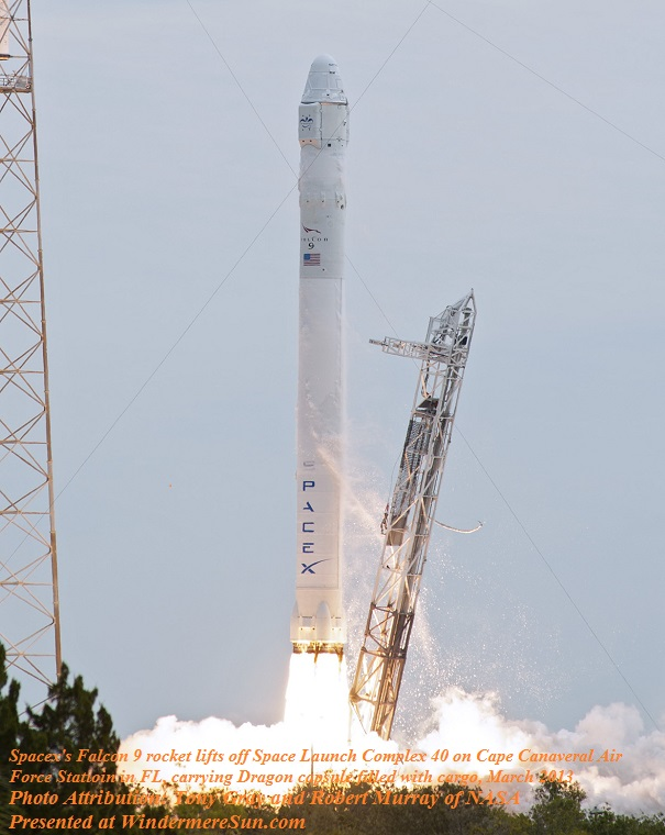 SpaceX CRS-2_launch_-_further_-_cropped final final