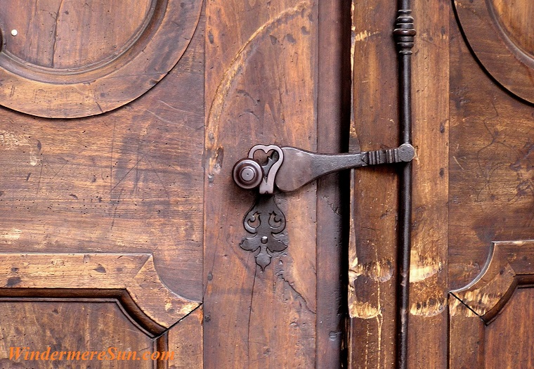door, pexels-photo-237196 final