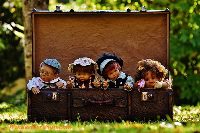 suitcase of dolls, pexels-photo-210226 final