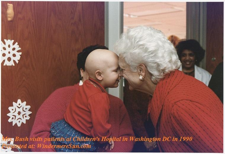 Barbara Bush-Mrs._Bush_visits_patients_at_Children's_Hospital_in_Washington,_D.C_-_NARA_-_186426, 1990, PD final