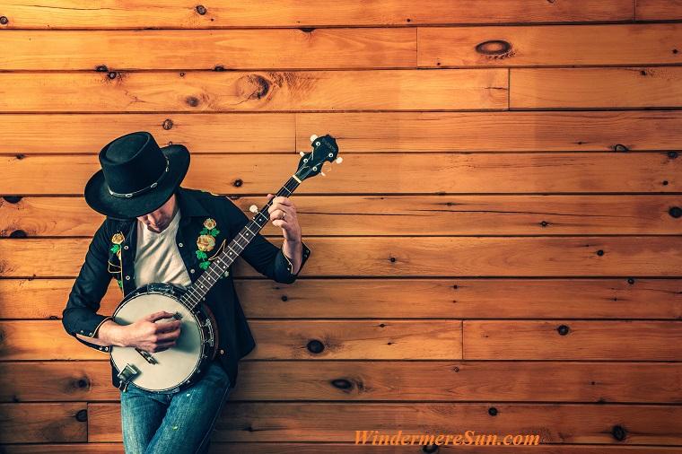 music festival11-banjo-player-fashion-man-387 final