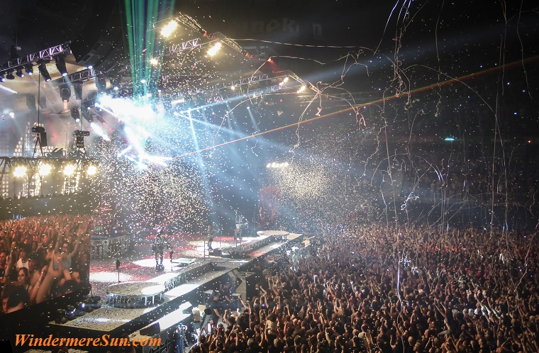 music festival8-audience-celebration-city-258804 final