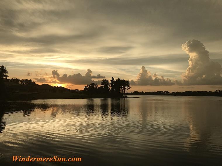 beautiful setting sun with water final
