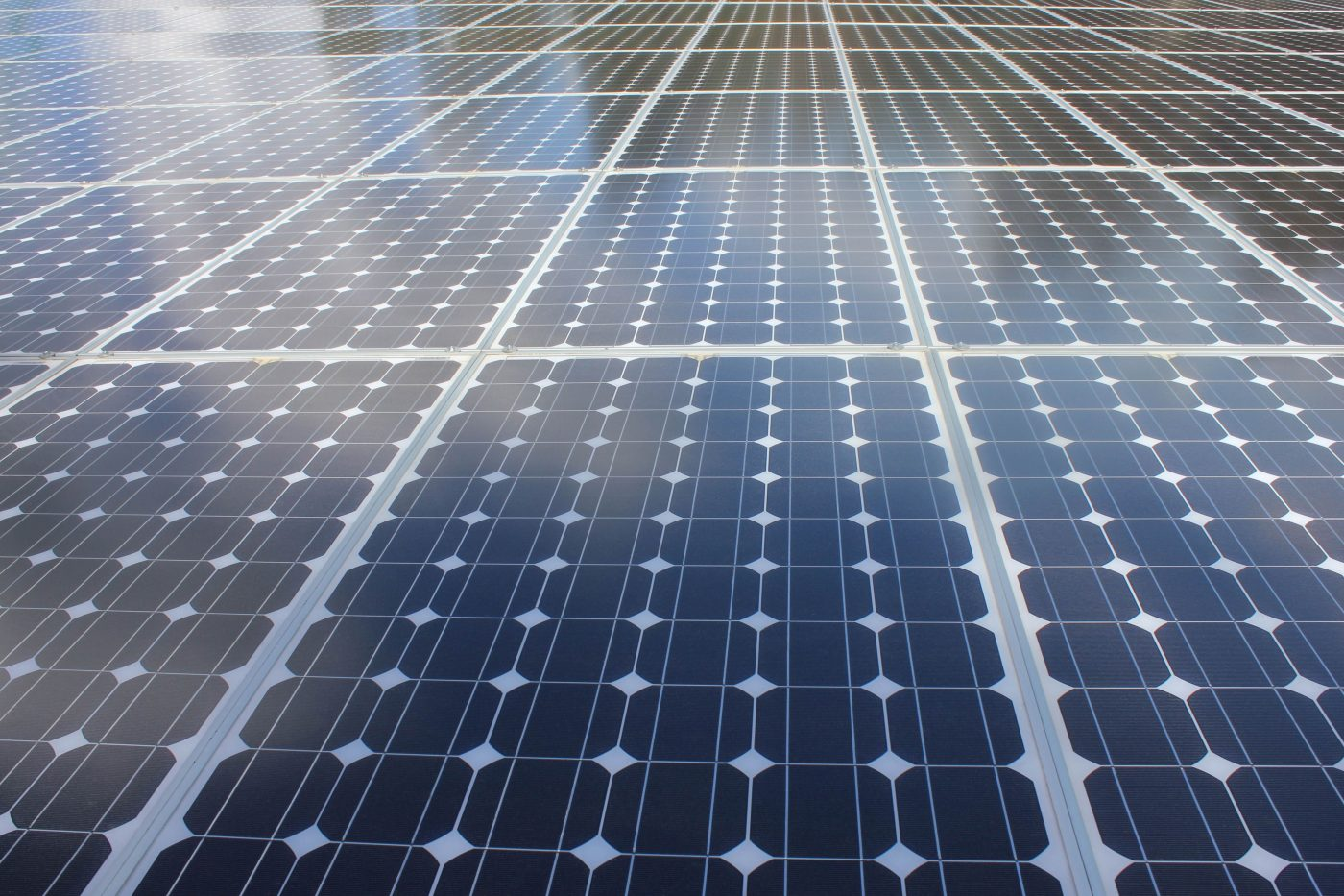 solar-panels-reflecting-the-sky-1203838, freeimages, by Debbie Mous