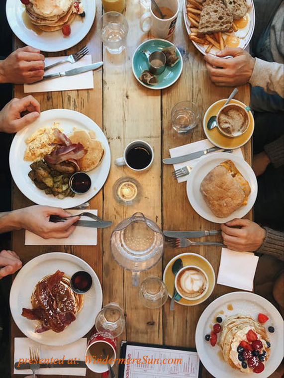 pancake table, pexels-photo-1528013 final