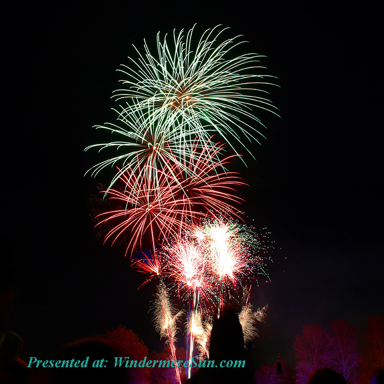 fireworks, photography-of-green-and-red-fire-works-display-674723 final