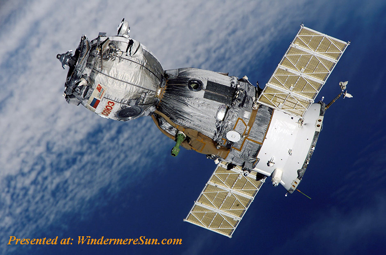 satellite-soyuz-spaceship-space-station-41006 final