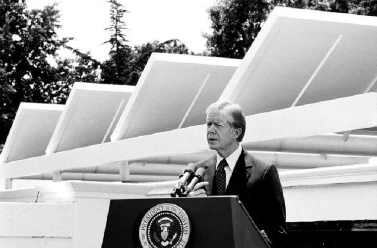 Jimmy Carter with solar panels, 1979, USG-Public Domain or PD final